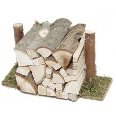 Holzstoß n
